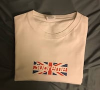 Supreme Union Jack short sleeve box logo 100% authentic more pics upon request  Vancouver, V6J 2S1
