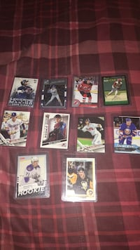 Sports cards with bunch of rookies and young guns Toronto, M1K 1G1