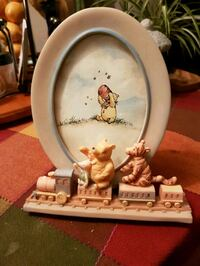 Gorgeous classic Pooh collector frame PRICE DROP