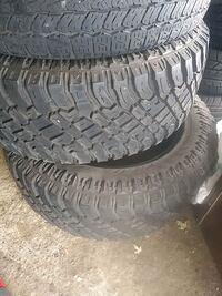 2 tires 305 55 20 TRAIL BLADE