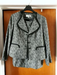 Kasper Skirt Suit - 10 P