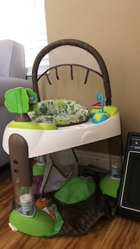 white and green Fisher-Price cradle n swing Henderson, 89074