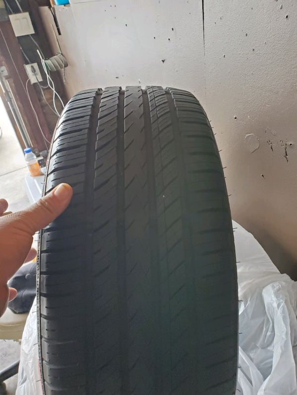 All season tires set  (Phone number hidden by letgo) % good 1e38fd37-94b9-4f7c-be0e-b209174fd9c1