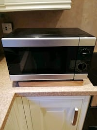 white and black microwave oven Holywell Green, HX4