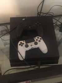 White sony ps4 console with controller Winston-Salem, 27127