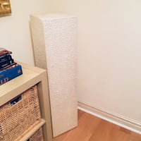 2 Pillars great condition, paint them any colour  Richmond Hill, L4B