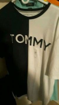 TOMMY HILFIGER TSHIRT WITH TAGS BRAND NEW  Surrey, V3S 2Z8
