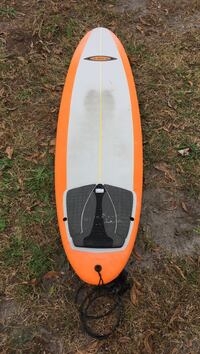 """7'6"""" soft top. 21 1/4""""x 2 3/4"""", traction pad. Comes with leash and a fin"""