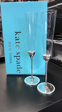 Kate Spade clear wine glasses with box Hagerstown, 21740