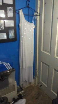 Dress never been worn South Bend, 46617