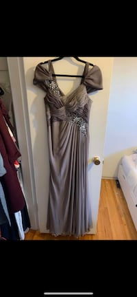 Gown  Calgary, T3Z 2A1