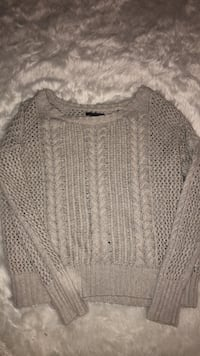 American Eagle chunky knit sweater medium Barrie, L4N 6V5