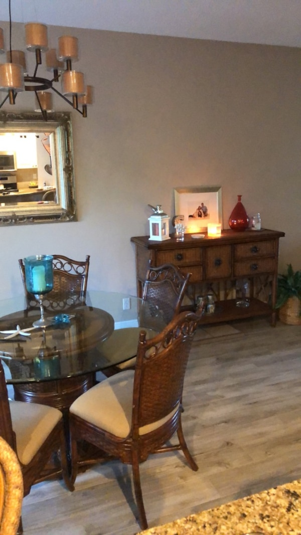 Dining room set including buffet- Tommy Bahama