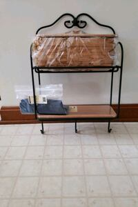Longberger envelope wall rack with Westminster