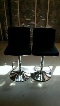 2 bar chairs fabric saeted