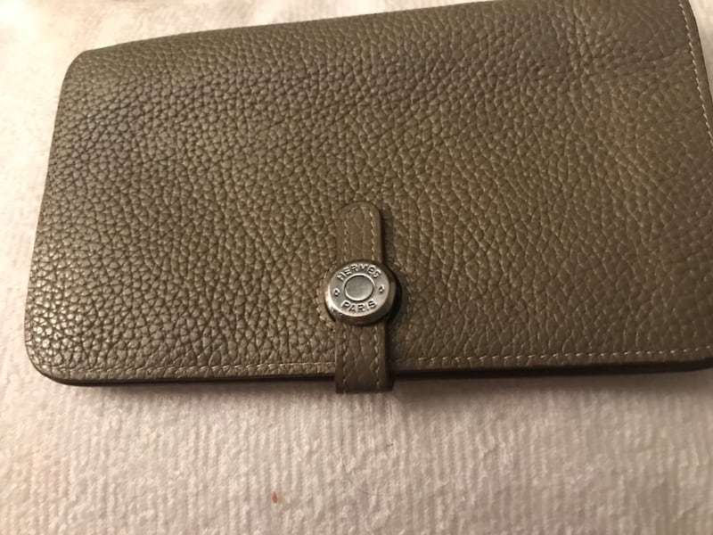 Hermès Dogon combined wallet and billfold bbb900f6-d7bb-4fcd-a4a5-d6a743597705