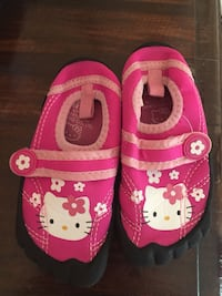 Hello kitty water shoes. Size 7/8 Bremen, 35033