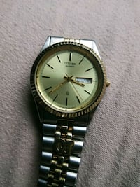 round gold Michael Kors analog watch with link bracelet St. Louis, 63111