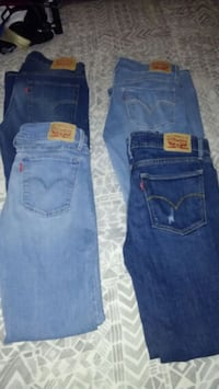 Levis size 7 juniors 40 for all Northport, 35476