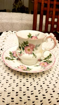 Antique Elizabethan Cup and Saucer Barrie, L4N 6C3