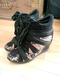 Rachel Roy Wedge Sneakers Kelowna, V1Y 5T4