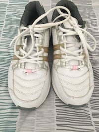 GDefy Ion Gravity Defyer Comfort Women's  white grey and pink walking pain relief sneaker Sz 8.5 Merritt Island, 32952