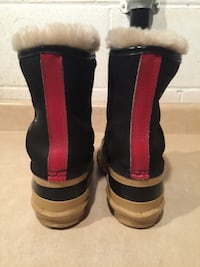 Size 5 Sorel Starship Insulated Winter Boots London