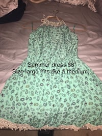 green and white floral sleeveless dress Winchester, 22602