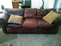 Antique leather couch Stillwater, 74074