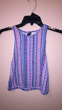 Blue and red floral sleeveless top Richmond, V7E 4M5