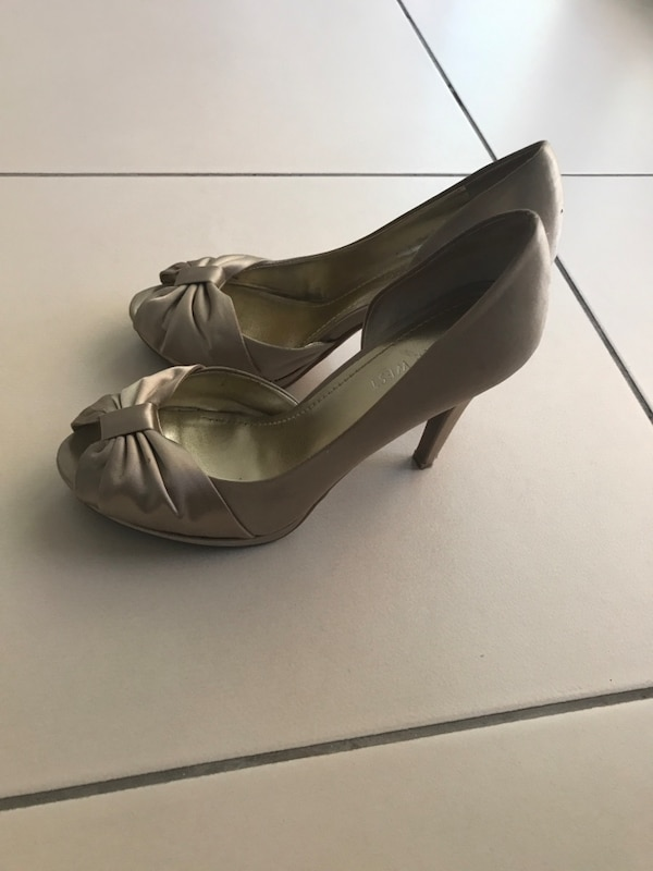 81dff8e8c7688 Used Nine west 5 1/2 numara dore saten abiye ayakkabı for sale in Çankaya -  letgo