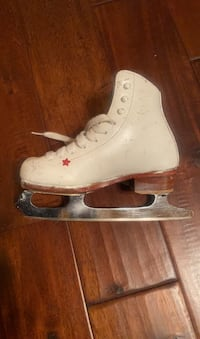 Riedell Ice skates. Child. Size 11.