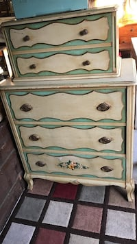 White and green wooden 3-drawer chest Santa Barbara, 93103