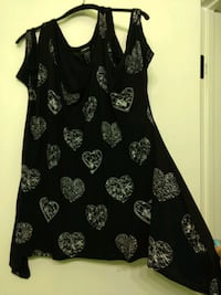 "Torrid ""diamond"" heart design black top Scottsdale"