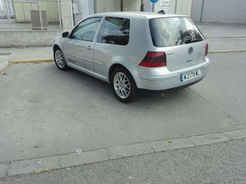 Volkswagen - Golf - 1999 1