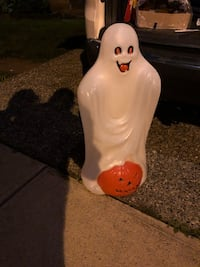 Halloween ghost and pumpkin blowmold blow mold rare with light chord Langley, V4W 2L8