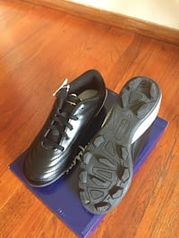 Boys cleat shoes size 3 Antioch