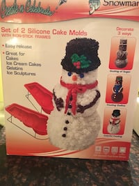 Xmas cake idea? Adorable 3D snowman cake mold!