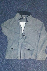 GUESS sweater jacket