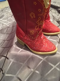 Jessie (from toy story) boots  Spruce Grove, T7X 0J9