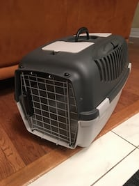 Cat or dog crate cage kennel
