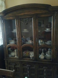 Solid wood /glass lighted china cabinet