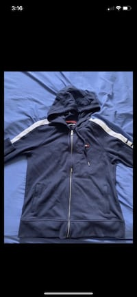Tommy Hilfiger hoodie want gone ASAP