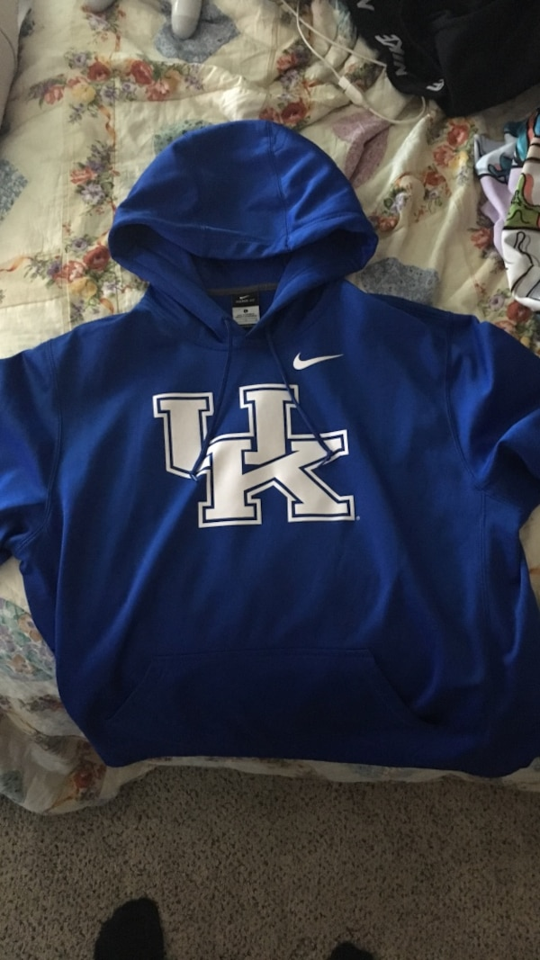 Used Blue Nike University of Kentucky Wildcats pullover