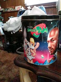 1996 Space Jam Popcorn Can