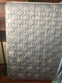 quilted white and gray floral mattress Toronto, M5B 2A9
