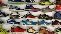(151) Athletic shoes for boys