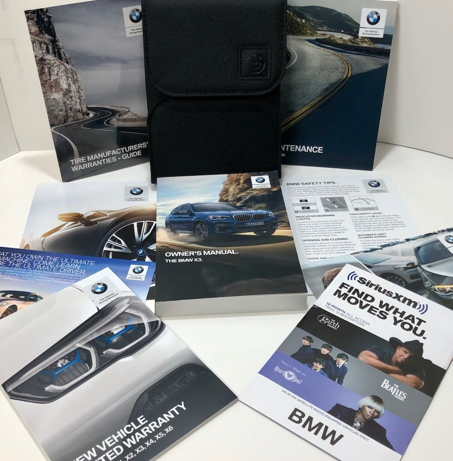 Photo 2020 BMW X3 OEM Owners Manual w/Case