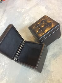 2 Small Brown Square Ottomans  Kleinburg, L4H 4A3