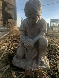 Cement girl statue Oley, 19547